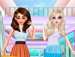 Disney Princesses Shopping For Summer