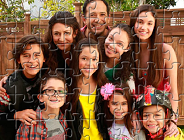 Stuck in the Middle Characters Puzzle